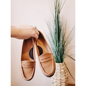SPERRY Tan Slip On Leather Loafer Flats sz 5.5